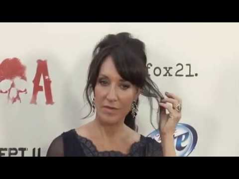 Katey Sagal - Bird On A Wire ( Leonard Cohen's song )