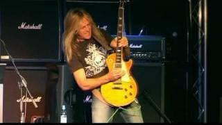 Doug aldrich amazing guitar solo! -