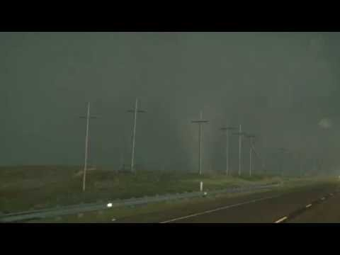 Amarillo, TX Tornado 6-13-16 by Val and Amy Castor