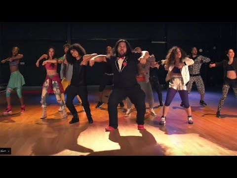 Tuxedo - Do It (Official Video)