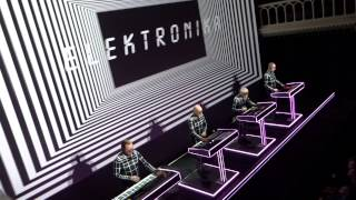 Kraftwerk Intro.Electric Cafe Amsterdam Paradiso 2015