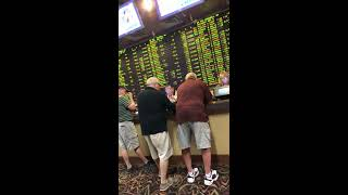 Kyle betting our FREE NCAA College Football Pick LIVE