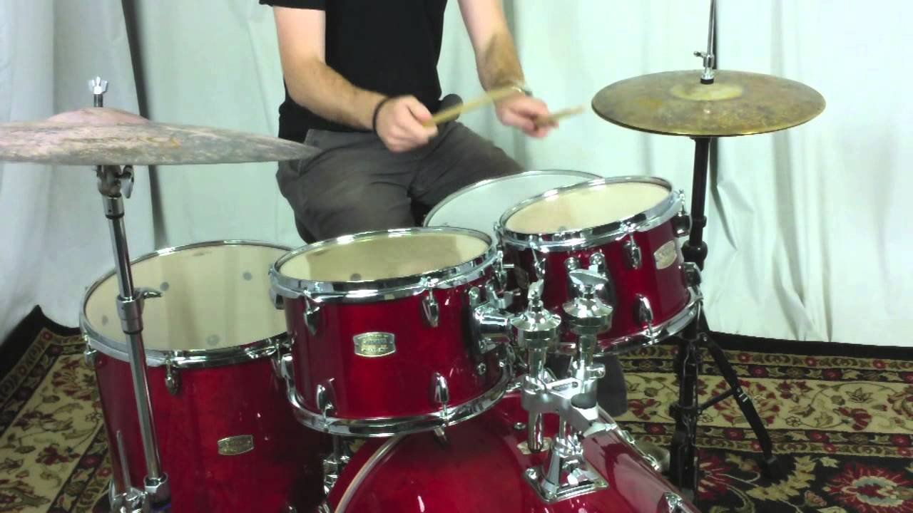 Yamaha  Piece Drum Set