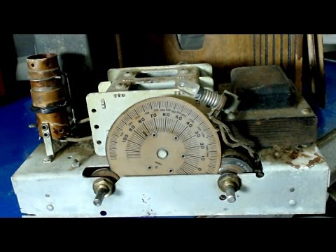 1932 Mystery Cathedral Radio Restore Part 1