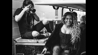 This Latina Was Behind Beyoncé's Underwater Pregnancy Photos
