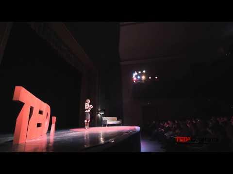 Despre acţiune ca vector al schimbării | Beatrice Popa | TEDxConstanta