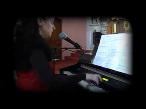 Siobhan Flanagan -- pianist and singer -- The Cloud's Veil (hymn)