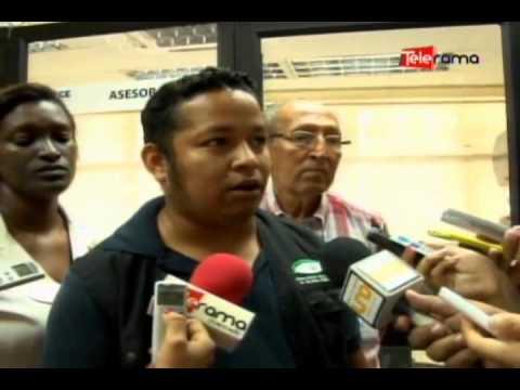 Presentan denuncia contra policía por supuesta agresión durante marcha