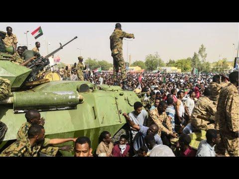 السودان: اتفاق بين الحراك والمجلس العسكري على عقد لقاءات لنقل السلطة لهيئة مدنية  - نشر قبل 54 دقيقة