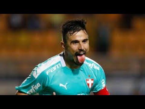 Willian tem que ser titular do Palmeiras