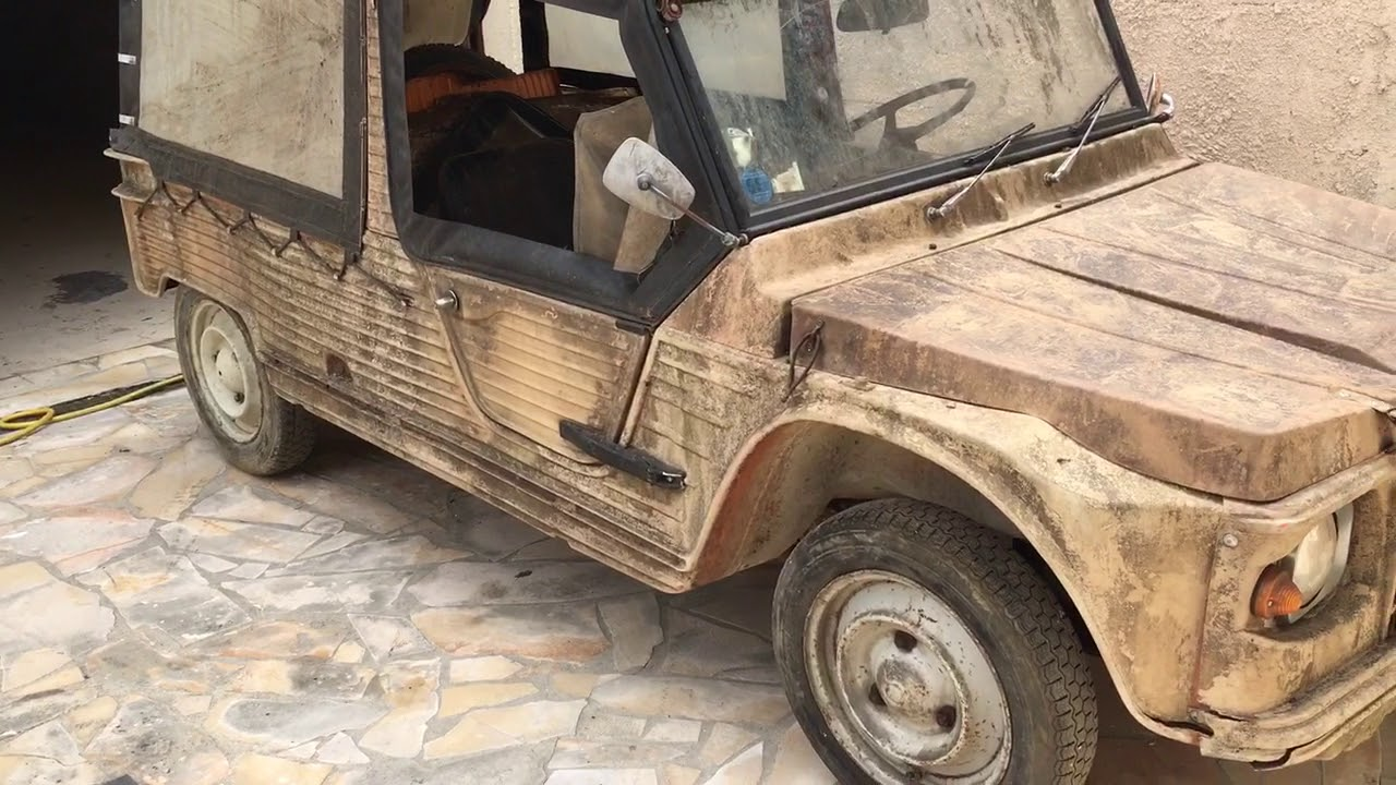 sortie de grange barn find citroen mehari 2cv restauration a venir youtube. Black Bedroom Furniture Sets. Home Design Ideas