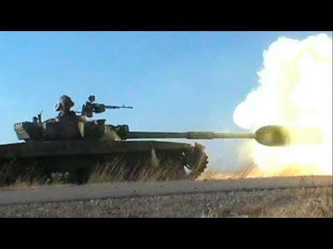 Прямой наводкой по катакомбам боевиков: кадры боев сирийской армии с ИГИЛ