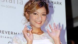 タレントのローラさんが11月15日、東京都内で行われたジュエリーブラン...