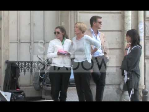 "Pierce Brosnan and Emma Thompson on ""Love Punch"" set in Paris"