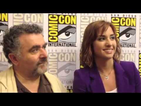 Saul Rubinek & Allison Scagliotti Comic Con 2012 'Warehouse 13' Interview