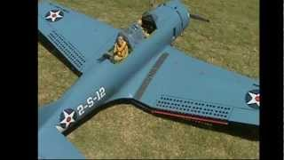 DOUGLAS SBD DAUNTLESS GIANT SCALE.wmv