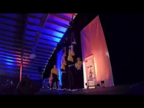 Démo Capital Hornets groups stunts No Limit et Freaky Hornets à Halen en Suisse