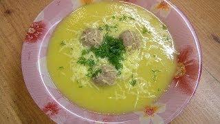 Суп-пюре из кабакчов с фрикадельками - видео рецепт(Видео рецепт приготовления полезного и очень оригинального супа-пюре из кабачков с фрикадельками в посуде..., 2009-10-07T05:49:04.000Z)