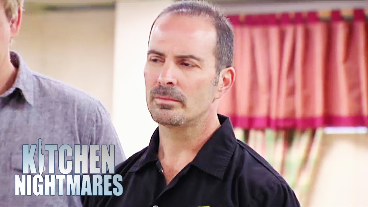 Zeke S Restaurant Kitchen Nightmares zeke's staff confront their demons - kitchen nightmares - youtube