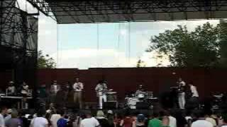 Chin Chin Dontchusee Live McCarren Pool in Brooklyn 8/17/08