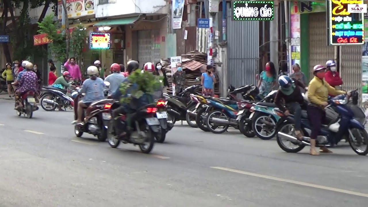 Hình ảnh mới nhất ATM gạo sau sự cố từ chối cô gái đến nhận gạo