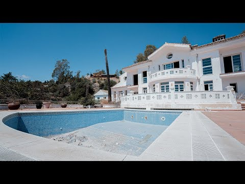 Abandoned Malaga Mansion With Massive Swimming Pool On The Edge Of A Cliff
