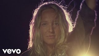 Watch Lissie Further Away Romance Police video