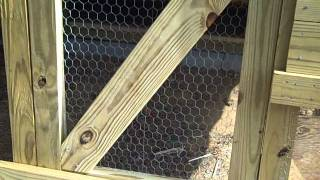 Ez Clean Chicken Coop (doors; Wire)