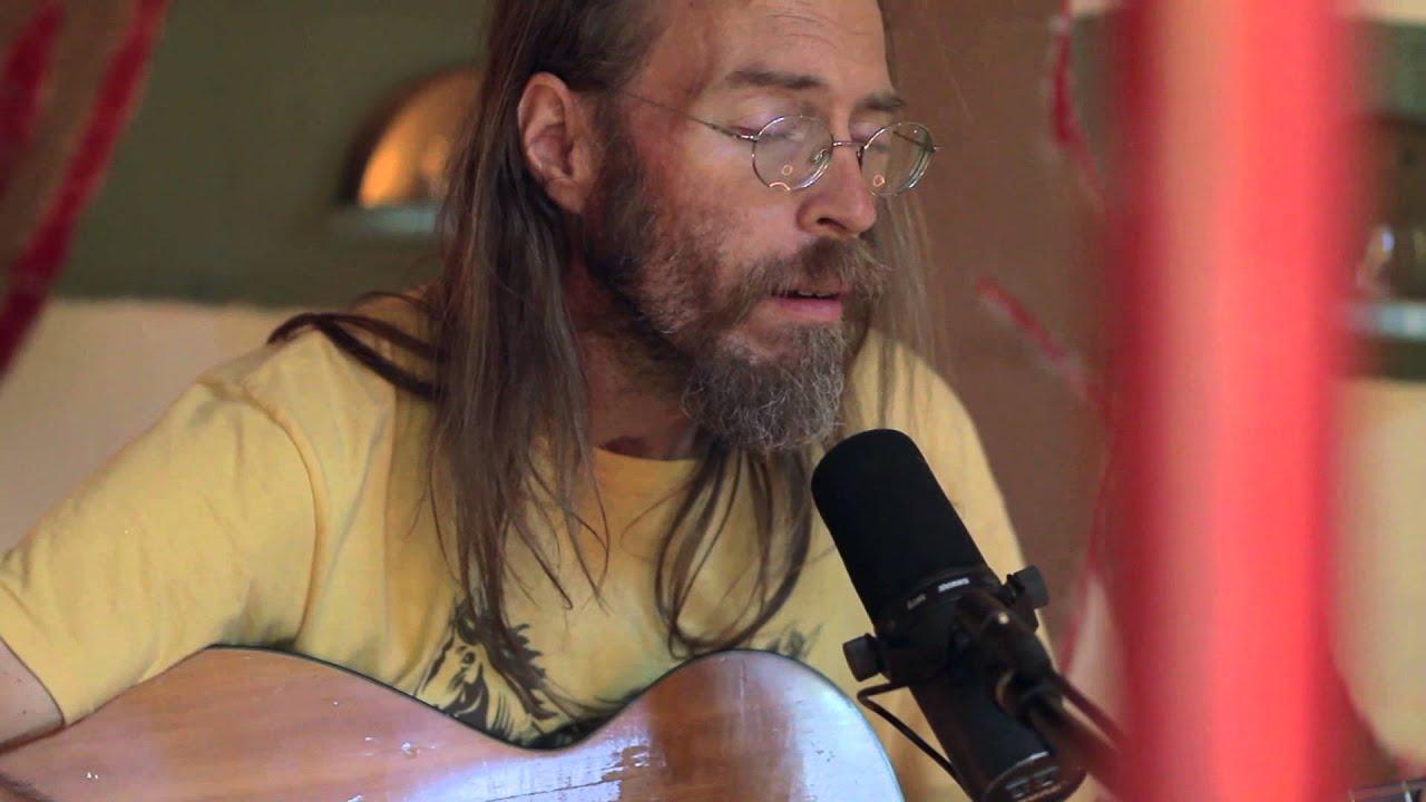 charlie-parr-moonshiner-live-from-pickathon-2011-liveandbreathing