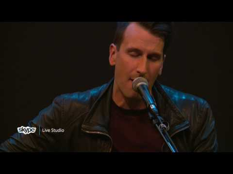 Russell Dickerson - Yours (98.7 THE BULL)