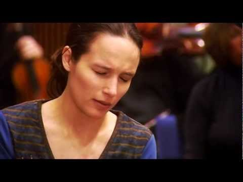 Helene Grimaud - The Empereor Concerto (Beethoven) french version