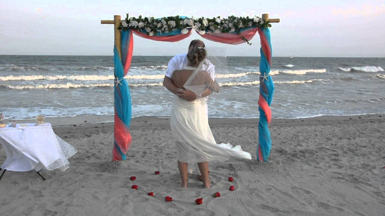Myrtle Beach Wedding Of Marvin Tonya April 20 2016 This Newlywed Runs Into The Ocean
