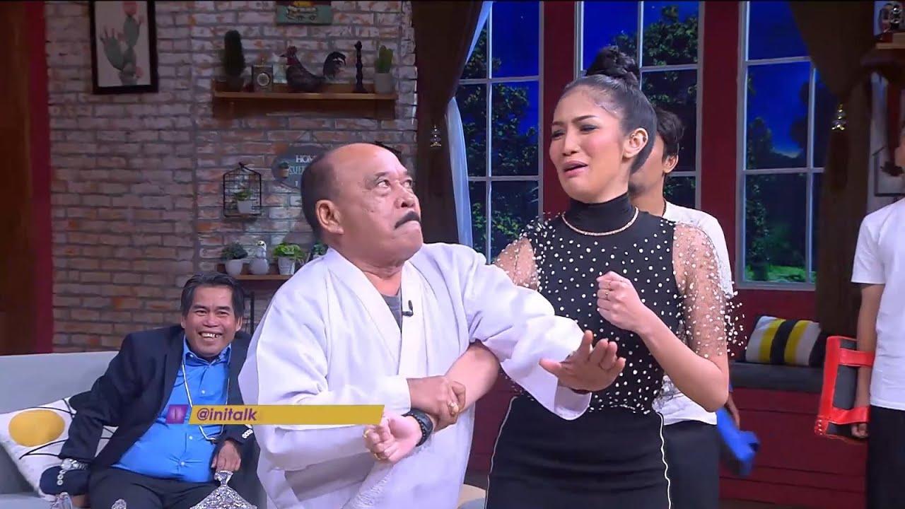 Jadi Pelatih Karate, Bolot Aji Mumpung Nih