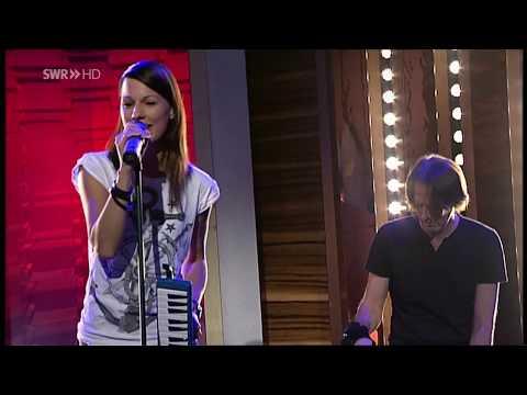 Christina Stürmer (CS) Millionen Lichter (Unplugged Version) @SWR HD