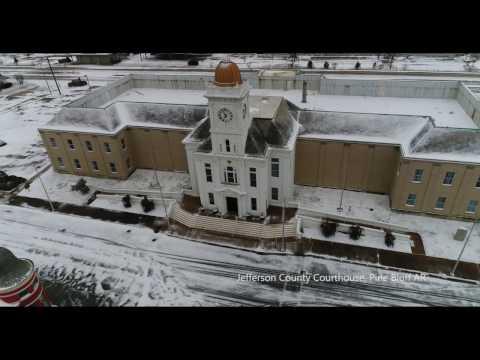 Pine Bluff, Arkansas in 4k on a snowy day