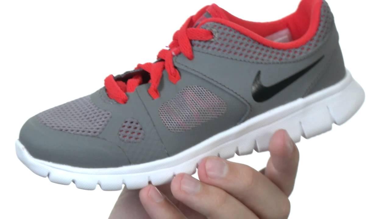aaf1b00b4c268 Nike Kids Flex 2014 Run (Little Kid) SKU  8334304 - YouTube