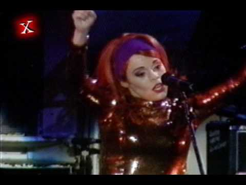 Deee Lite   Groove is in the Heart  Rock in Rio II