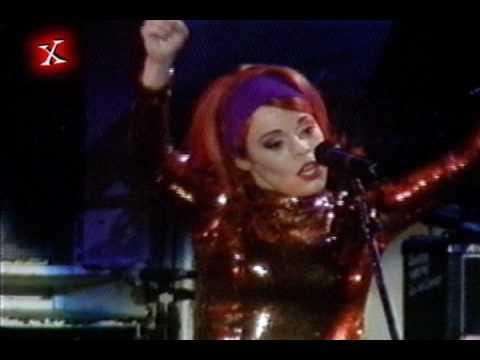 Deee Lite  - Groove is in the Heart Live Rock in Rio II