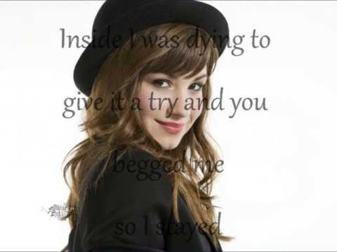 Demi Lovato-Trainwreck Lyric
