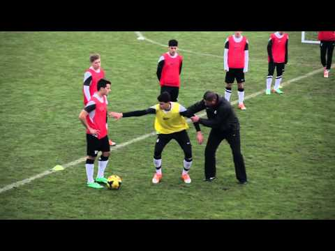 Nike Academy  Defending  Body Position 1080p