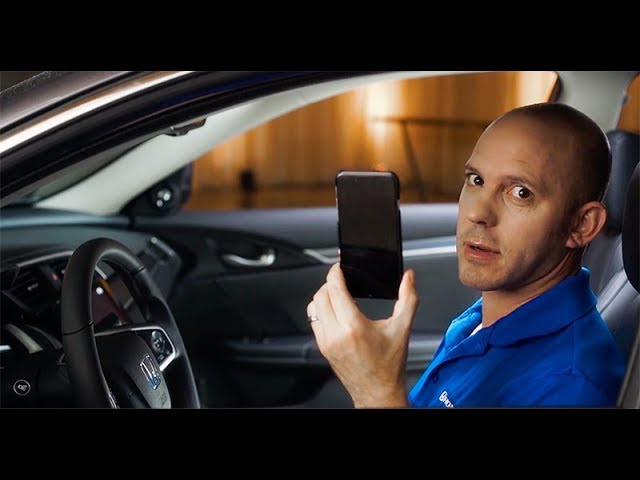 2018 Honda Civic Tips & Tricks: How to Use Apple CarPlay