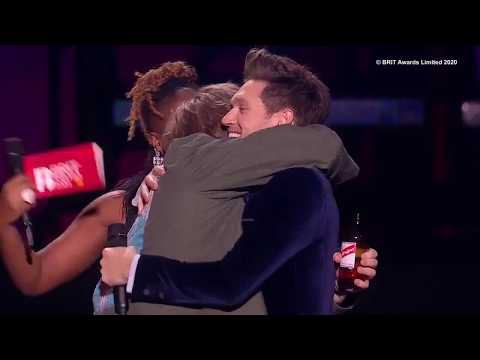 "Niall Horan's ""amazing feeling"" presenting Lewis Capaldi his first Brit award"
