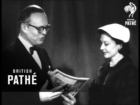 Vivien Leigh Wins 'look' Award (1952)