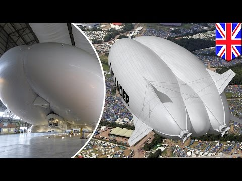 World's largest airplane, the Airlander 10, prepares to take maiden flight in UK - TomoNews