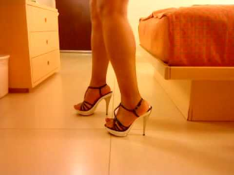 Zapatos comodos para gorditas-✿MODA PARA GORDITAS♥ from YouTube · Duration:  2 minutes 25 seconds