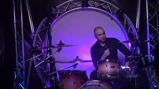 ТАРАС АНДРЕЕВ – барабанщик музыкальной группы «25/17» в Мире Музыка