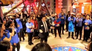 Last day at TOYS R US TIMES SQ. Employee send off.