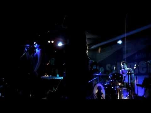 Radiant Hearts (Live) - Black Mountain @ La Salumeria Della Musica, Milano (29/09/10)
