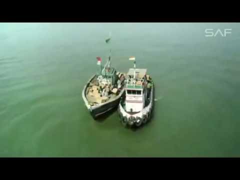 Mere Rashke Qamar   RAEES 'VIDEO SONG   Shah Rukh Khan, Mahira Khan HD   Video Dailymotion