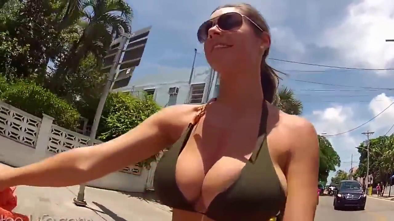 Perfect Tits Bouncing Dick